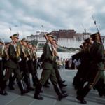 """疫情下不忘管控藏人,中共在西藏号召 """"百万警进千万家"""""""