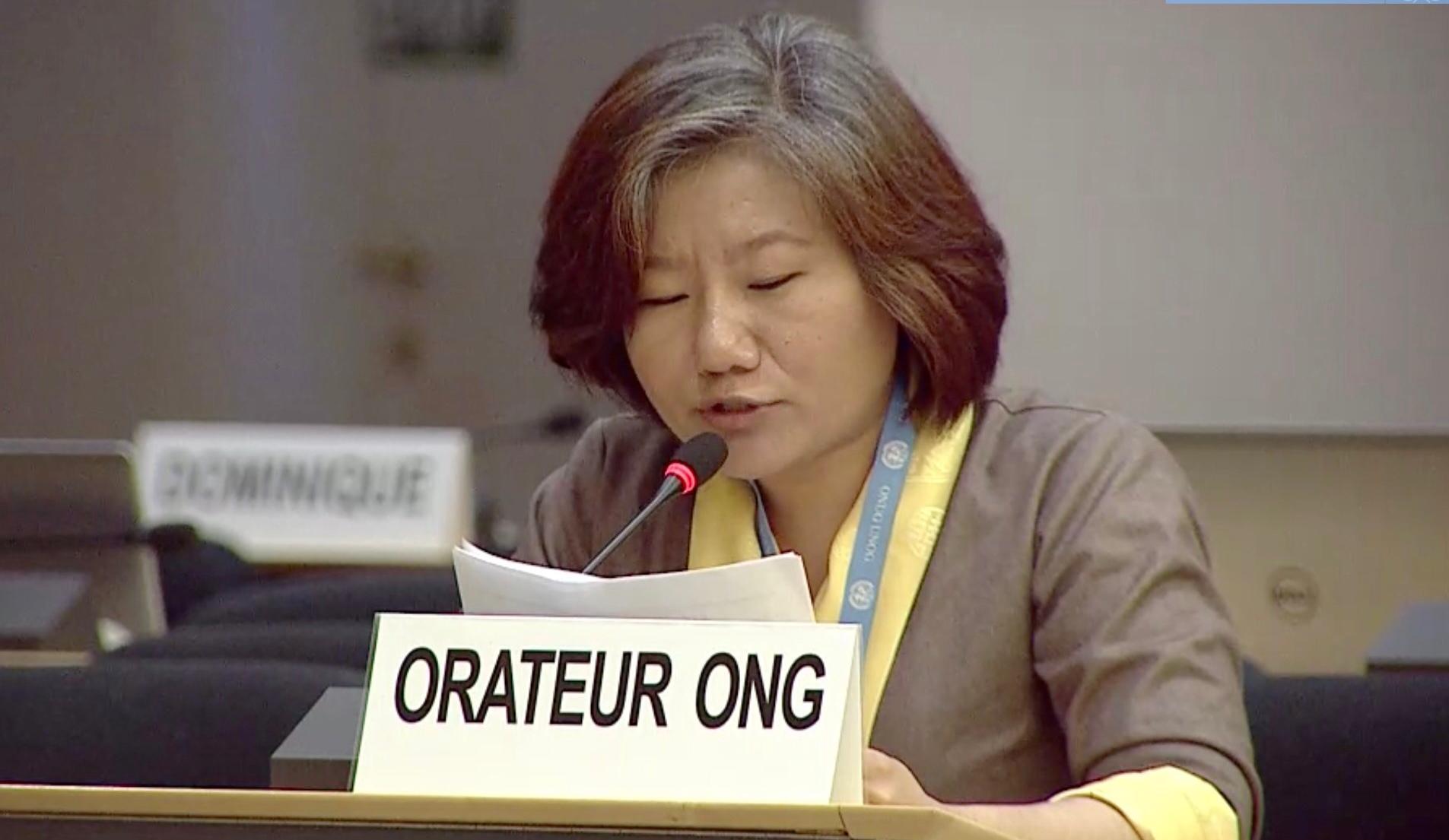 藏人代表在联合国人权理事会,为西藏教育权遭侵犯发声