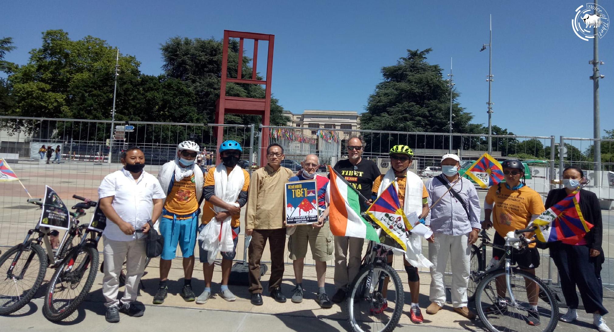瑞士流亡藏人圆满结束单车巡游,并呼吁藏人为西藏事业贡献