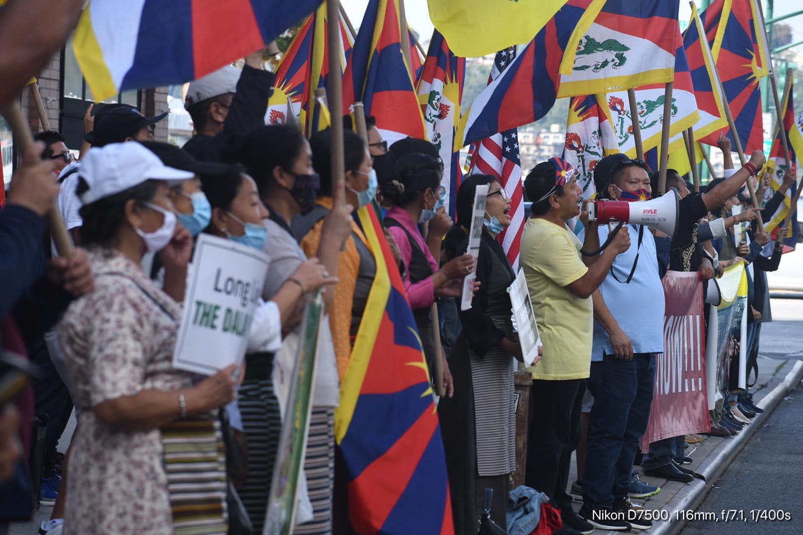 流亡藏人分别在美国和欧洲纪念拉萨示威抗议三十三周年