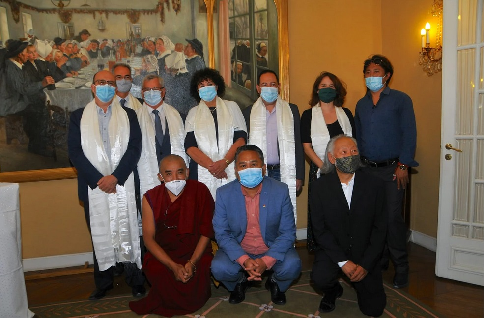 法国参议院支持西藏小组为达赖喇嘛尊者举办庆生活动