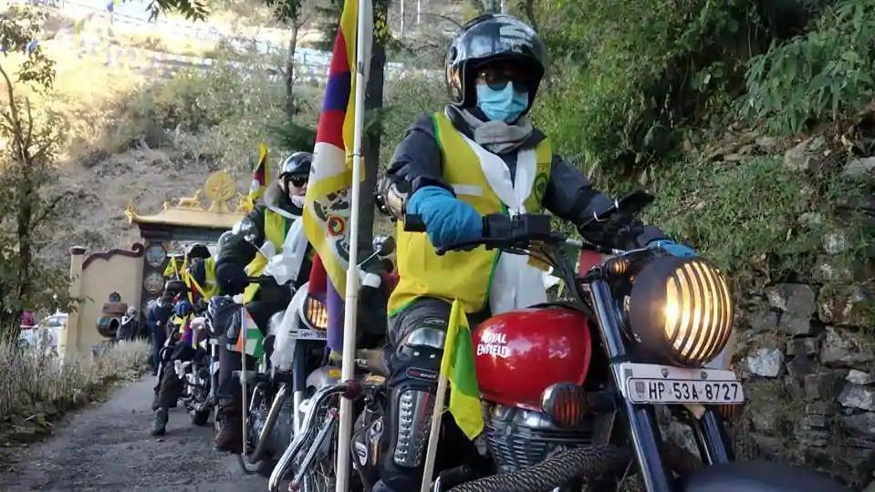 西藏青年会圆满结束印藏边境摩托车巡游活动