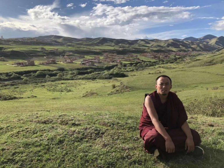 中共拘押阿坝僧侣长达一年半,上月才通知审判消息