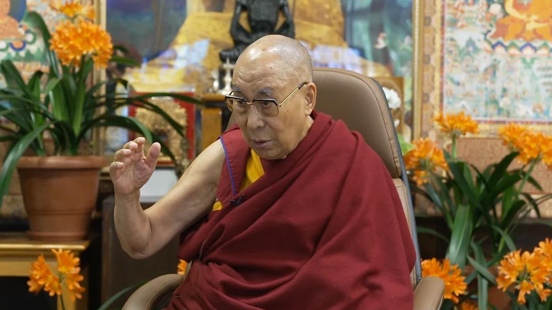 达赖喇嘛:宗教应该尽量减少过多的仪式