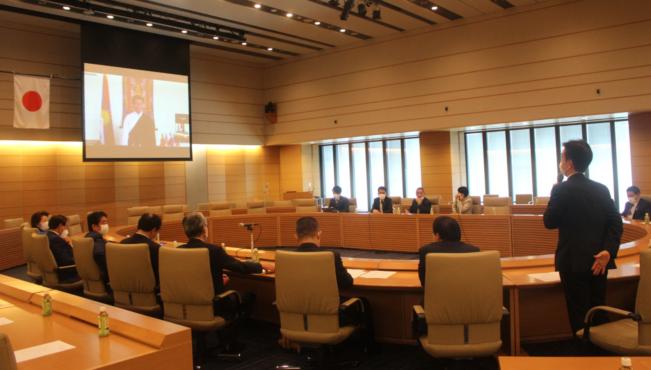 日本国会支持西藏小组:祝贺司政洛桑森格顺利完成两届任期