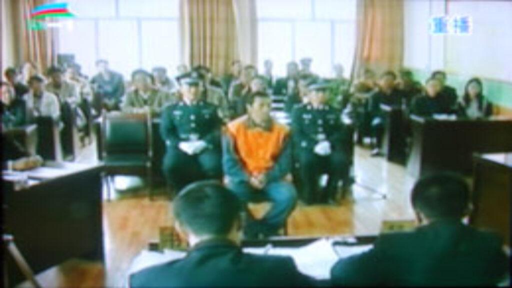西藏僧人抗议两日遭判无期徒刑,目前被减刑至十八年半