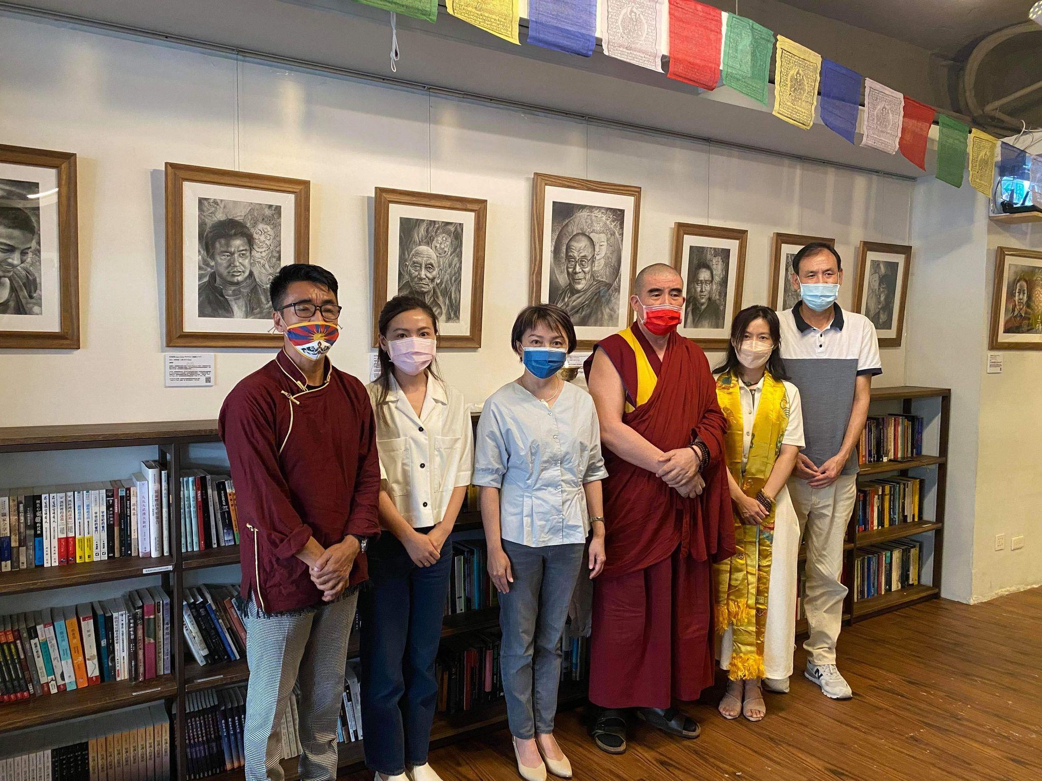 台湾创作者为西藏发声,展出十六幅西藏人权捍卫者肖像