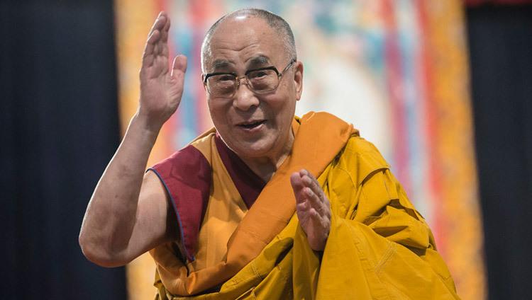 达赖喇嘛贺印度总统生日并感谢庇护国对藏人的援助