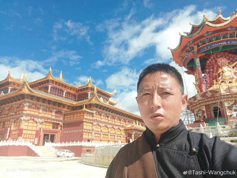 西藏语言权利倡导者扎西文色获释以来首次在网上发声