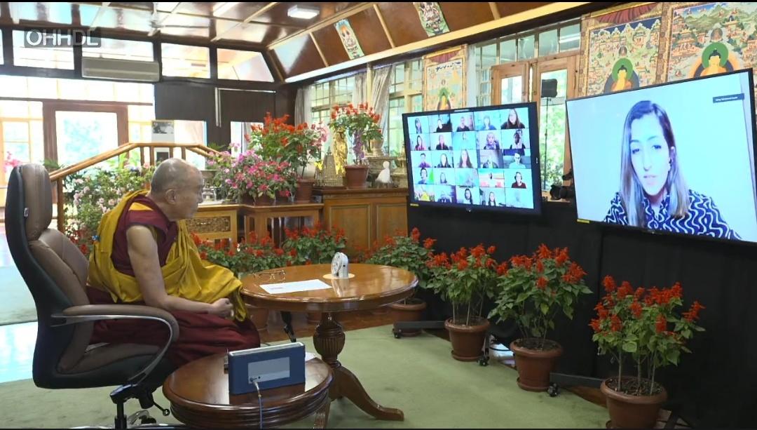 达赖喇嘛与受战火摧残地区青年领袖对话:世界和平从个人做起