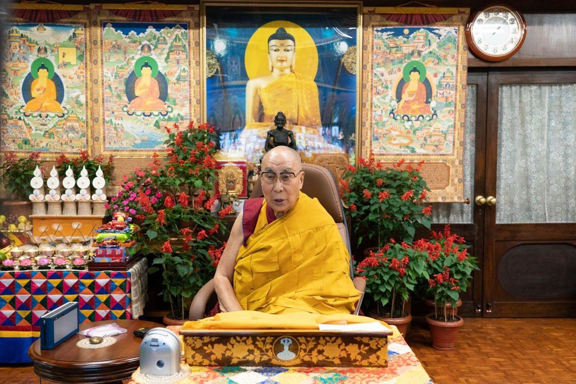 达赖喇嘛向台湾佛教信众传授《缘起赞》